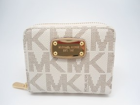 Michael Kors Vanilla PVC Zip Around Bifold Wallet