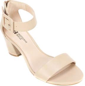 White Mountain Elixir Ankle Strap Sandal (Women's)