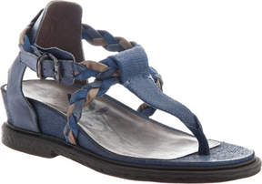 OTBT Earthly Thong Sandal (Women's)