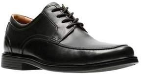 Clarks Men's Un Aldric Park Derby Shoe.