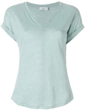 Closed open neckline T-shirt
