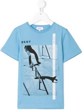 DKNY skateboarding print T-shit