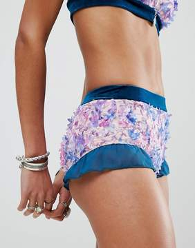 N. ebonie ivory Festival Hot Pants In 3D Floral Two-Piece