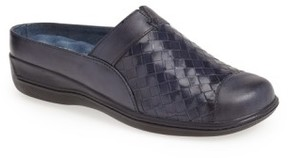 SoftWalk Women's 'San Marcos' Woven Clog