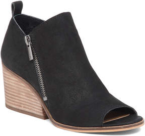 Lucky Brand Sinzeria Leather Bootie