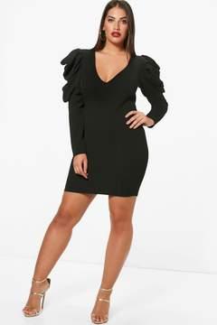 boohoo Plus Maisy Ruched Shoulder Midi Dress