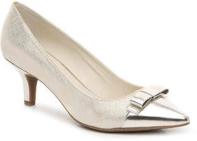 Anne Klein Women's Flouncy Pump