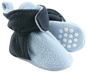 Luvable Friends Light Blue & Navy Fleece Gripper Booties - Boys