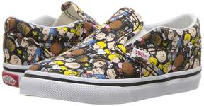 Vans Kids Classic Slip-On x Peanuts The Gang/Black) Kid's Shoes