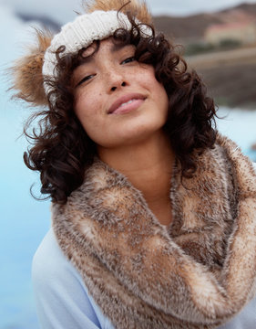 aerie Furry Twist Snood