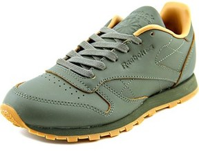 Reebok Cl Leather Kendrick Round Toe Leather Sneakers.