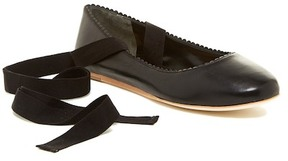 Via Spiga Brianna Scalloped Ballet Flat