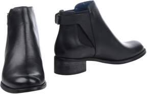 Pollini Ankle boots