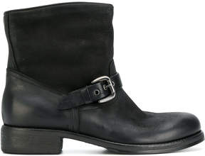 Strategia buckled boots