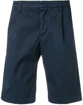 Entre Amis bermuda shorts