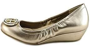 Giani Bernini Womens Skoutt Leather Closed Toe Wedge Pumps.