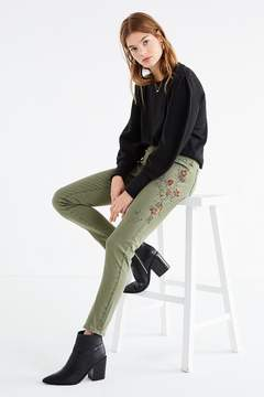 BDG Twig High-Rise Embroidered Skinny Jean – Olive