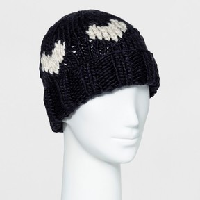 Mossimo Women's Beanie with Off White Hearts Navy