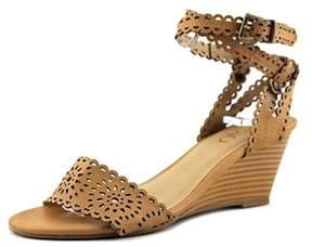 XOXO Womens Sissy Open Toe Casual Platform Sandals.
