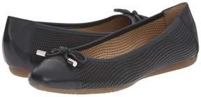 Geox WLOLA104 Women's Shoes