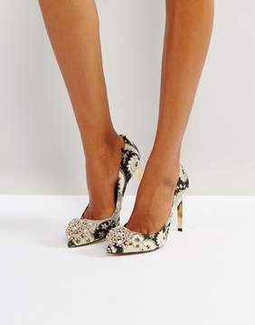 Ted Baker Peetch Ornate Paisley Embellished Pumps