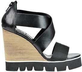 O.x.s. Women's Black Leather Wedges.