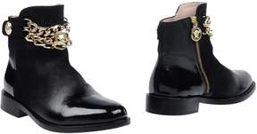 Versace YOUNG Ankle boots