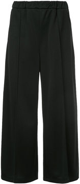 EN ROUTE cropped pleat trousers