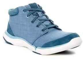 Teva Wander Chukka Sneaker