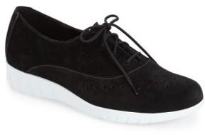 Munro American Women's 'Wellesley' Oxford Sneaker