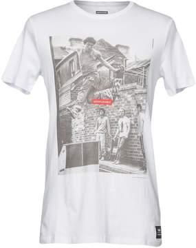 Globe T-shirts