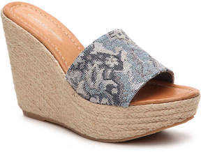 Charles David Women's Darla Wedge Sandal