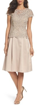 Alex Evenings Women's Lace Tea-Length Dress