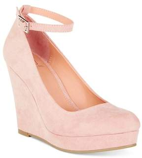 Material Girl Vivie Wedge Pumps Shoes.