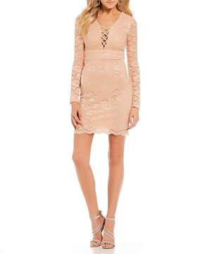 B. Darlin Criss-Cross Front Lace Sheath Dress
