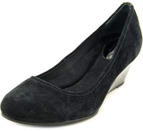 Giani Bernini Jileen Women Open Toe Suede Black Wedge Heel.