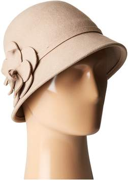 San Diego Hat Company WFH8035 Cloche with Matching Wool Flower Caps