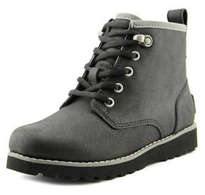 UGG Maple Round Toe Leather Winter Boot.