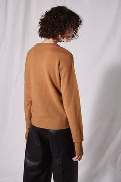 Boutique V-neck cashmere jumper