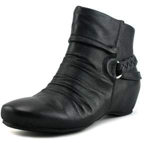 Bare Traps Baretraps Sana Women Round Toe Synthetic Black Bootie.