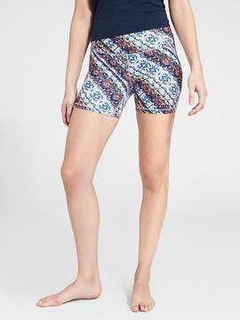 Athleta Nomad Salutation 5 Short