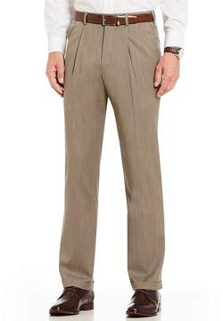 Roundtree & Yorke TravelSmart Ultimate Comfort Pleated Nailhead Relaxed Fit Dress Pants
