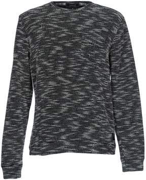 Iuter Sweaters