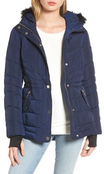 GUESS Women's Faux Fur Trim Quilted Anorak