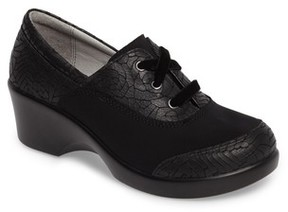 Alegria Women's Madi Lace-Up Shoe