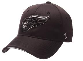 Zephyr Adult Detroit Red Wings Synergy Fitted Cap