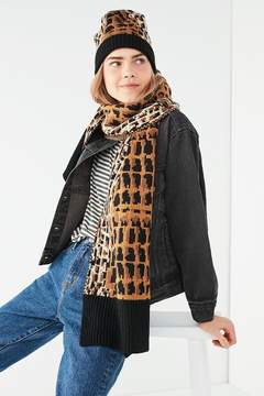 Urban Outfitters Graphic Leopard Intarsia Scarf