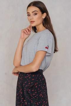NA-KD Na Kd Cherry Sleeve Embroidery Tee