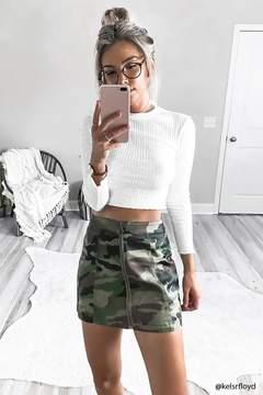 FOREVER 21 Camo Zip-Front Mini Skirt