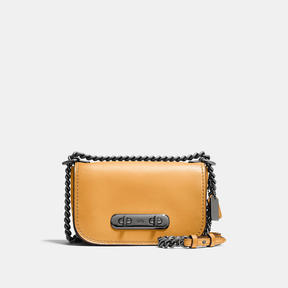 COACH SWAGGER SHOULDER BAG 20 IN BURNISHED GLOVETANNED LEATHER - DARK GUNMETAL/YELLOW GOLD